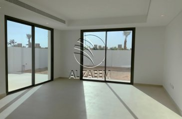 Three Bedroom, Four Bathroom, Townhouse For Sale in Yas Acres, Abu Dhabi - ? Single Row   Townhouse In The Best Precinct! ?