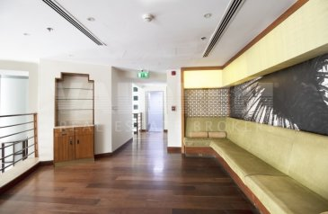Ready to Move in Good Condition, 3,599 Sq Ft, Shop To Rent in Park Place Tower, Sheikh Zayed Road (SZR), Dubai - IDEAL FOR RESTAURANT PRIME LOCATION UPGRADED INTERIOR