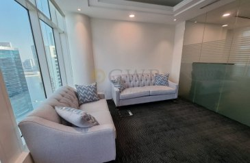 938 Sq Ft, Office To Rent in Clover Tower, Business Bay, Dubai - Furnished  Sq.Ft 939 Burj Khalifa Views Vacant