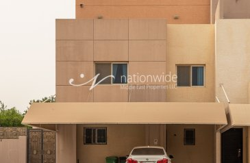 Two Bedroom, Three Bathroom, Villa To Rent in Contemporary Village, Al Reef, Abu Dhabi - Glamorous Double Row Villa With A Suburb Lifestyle