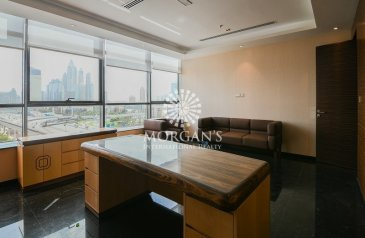 2,229 Sq Ft, Office To Rent in Onyx Tower, The Greens, Dubai - Vacant   Sea & Skyline View   Furnished