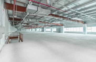 Ready to Move in Good Condition, 15,151 Sq Ft, Retail Space To Rent in Jebel Ali Industrial 1, Dubai - Exclusive | Showroom | No Tax | Jebel Ali Industrial Area