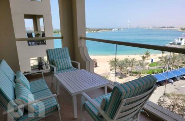 One Bedroom, Two Bathroom, Apartment To Rent in Shoreline Apartments 1 - Al Basri, The Palm Jumeirah, Dubai - Sea View  Fully Furnished  Available Now