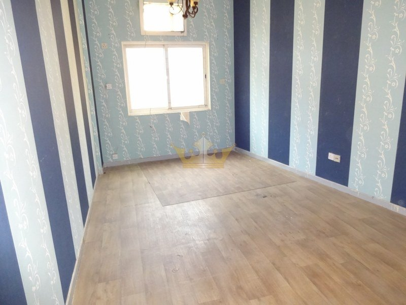 Crl R 13244 Two Bedroom Two Bathroom Apartment To Rent In Al Souq Al Kabeer Dubai