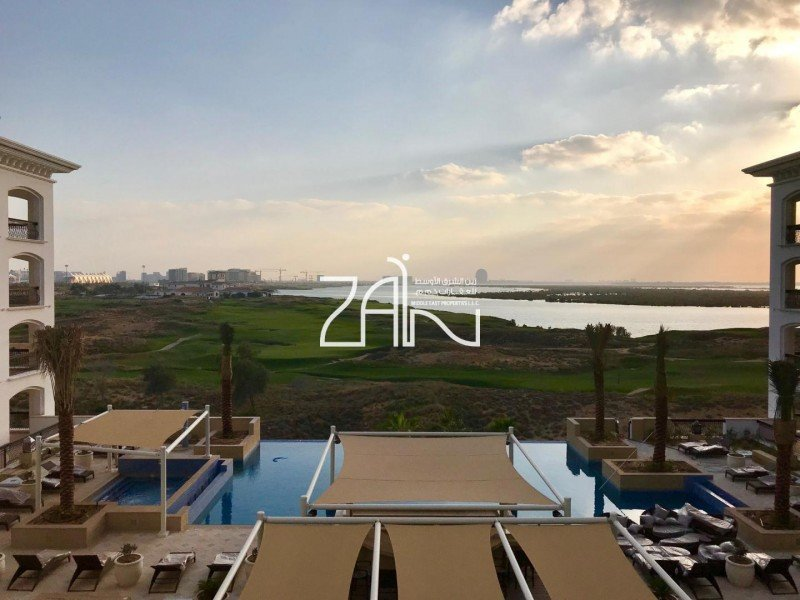 Pool + Golf View 2 Br Apt Ready For Handover