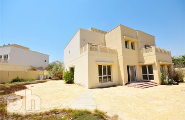 Six Bedroom, Villa To Rent in The Meadows 2, The Meadows, Dubai - 6 bed | Great location | Available Now