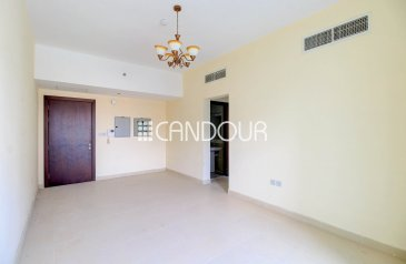 Two Bedroom, Three Bathroom, Apartment To Rent in Global Golf Residence, Dubai Sports City (DSC), Dubai - Closed Kitchen | 2 Bedroom | Chiller Free