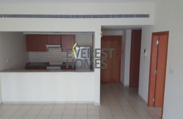 One Bedroom, Two Bathroom, Apartment For Sale in Al Dhafrah, Abu Dhabi - GARDEN VIEW,1BR IN GREENS FOR SALE 800K
