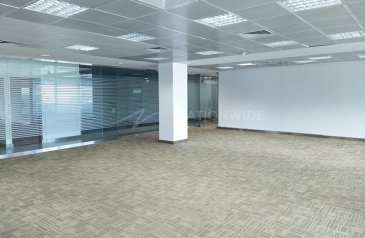 2,367 Sq Ft, Office To Rent in Mussafah, Abu Dhabi - A Fitted Office Space on A Prime Location