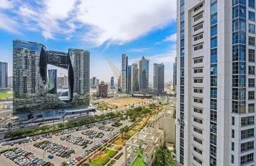Two Bedroom, Two Bathroom, Apartment For Sale in Executive Towers - F, Business Bay, Dubai - Central Location | Good Value | 2BR