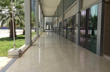 Ready to Move in Good Condition, 6,011 Sq Ft, Shop To Rent in The Regal Tower, Business Bay, Dubai - Best for Fitness Center /Cafe /Clinic /Supermarket