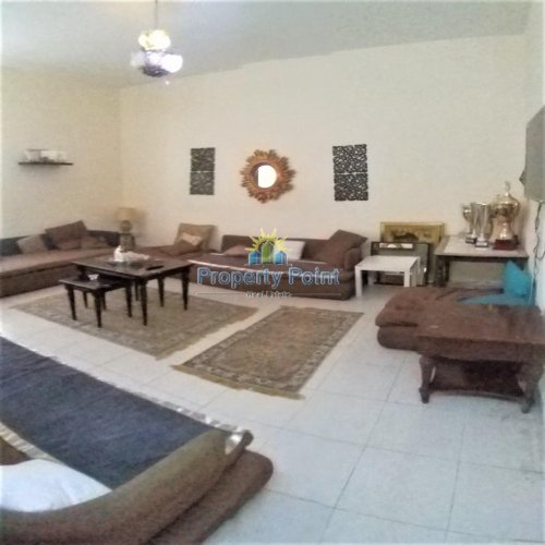 One Room Rent: (954-AP-R-1304) One Bedroom, One Bathroom, Apartment To