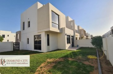 Four Bedroom, Four Bathroom, Townhouse To Rent in Hayat Townhouses, Town Square, Dubai - Corner Unit I Largest Layout I Upgraded Garden