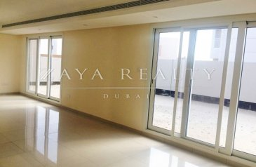 Five Bedroom, Four Bathroom, Villa For Sale in Al Zahia, Sharjah - Phase3, Brand New 5+M+Majilis, Close to Airport