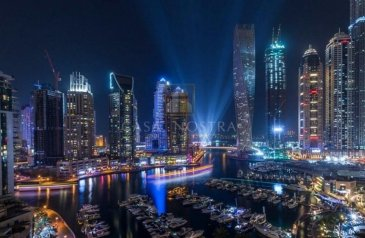 Commercial Building For Sale in Dubai Marina, Dubai - Investment Deal High End 5 Stars Hotel in Marina