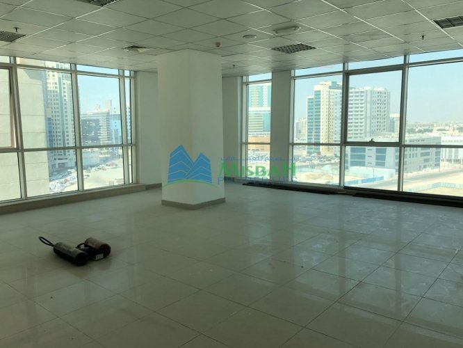 1134 Sq.ft Ready Office Space With Free Parking, Al Mulla Plaza In Al Quasis