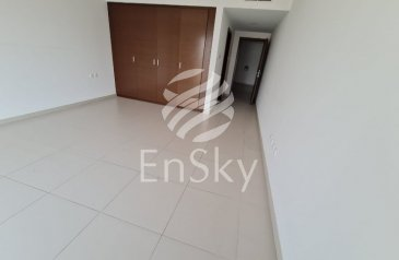 Three Bedroom, Four Bathroom, Townhouse To Rent in The Gate Tower 2, Al Reem Island, Abu Dhabi - Rare Townhouse   Great View   With Maid's Room