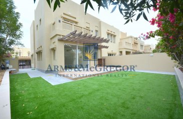 Four Bedroom, Three Bathroom, Villa For Sale in Zulal, Dubai - Luxurious, Contemporary Upgraded   4 BR End Unit