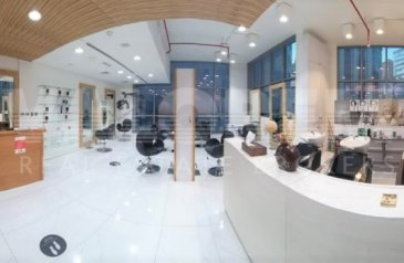 Ready to Move in Good Condition, 646 Sq Ft, Retail Space To Rent in Tecom 1, Barsha Heights (TECOM), Dubai - Ladies Salon For Rent In 4 * Hotel |In Tecom