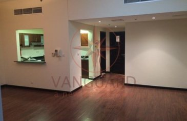 Two Bedroom, Three Bathroom, Apartment For Sale in Green Lakes 1, Jumeirah Lakes Towers - JLT, Dubai - Spacious 2 Bed + Maid for sale in