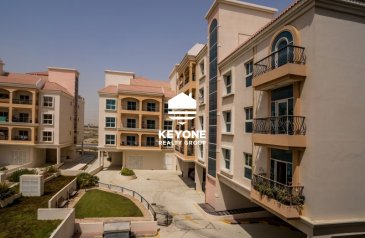 Studio, One Bathroom, Apartment For Sale in Warsan 4, Dubai - Fully Fitted Kitchen | Low floor | Spacious Unit