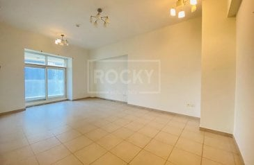 Three Bedroom, Five Bathroom, Apartment To Rent in Sheikh Zayed Road (SZR), Dubai - Spacious  14 months   Chiller Free
