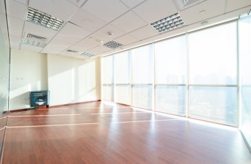1,210 Sq Ft, Office For Sale in Lake Allure, Jumeirah Lakes Towers - JLT, Dubai - Unfurnished Fitted Office I Mid Flr ITiffany Tower