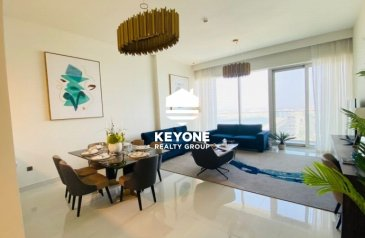 Three Bedroom, Four Bathroom, Apartment For Sale in Al Sufouh 1, Dubai - Luxury 3 Bedroom | Fully Furnished | Beach View