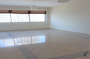 One Bedroom, Two Bathroom, Apartment To Rent in Golf Tower 1, The Views, Dubai - Lake, Pool and Fountain View | Good Location | Must See