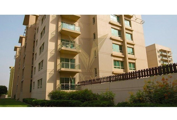 Vgb r 11040 one bedroom one bathroom apartment to rent in al ghozlan 3 the greens dubai for 1 bedroom flat to rent in bath