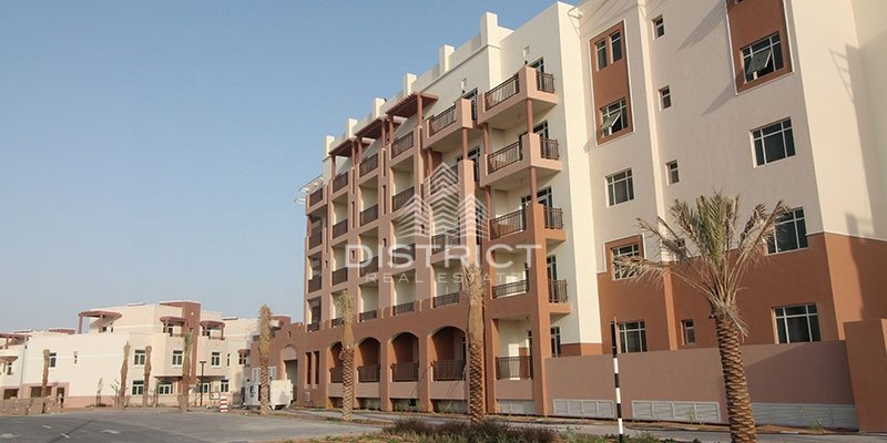 Terraced Studio With Garden View In Al Ghadeer