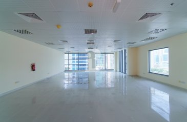 1,490 Sq Ft, Office To Rent in Sobha Ivory 2, Business Bay, Dubai - Grade A Tower | Fully Fitted | Burj View