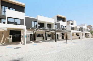 Five Bedroom, Six Bathroom, Townhouse For Sale in Faya At Bloom Gardens, Salaam Street, Abu Dhabi - A Stunning Townhouse Perfect For The Family
