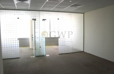 632 Sq Ft, Office To Rent in Gold Tower, Jumeirah Lakes Towers - JLT, Dubai - Fitted office I Vastu compliant I Partitioned