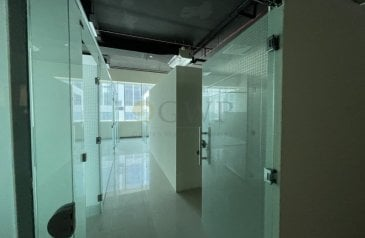 1,461 Sq Ft, Office To Rent in Capital Golden, Business Bay, Dubai - Quick Start Fitted Office/ Partitions Business Bay