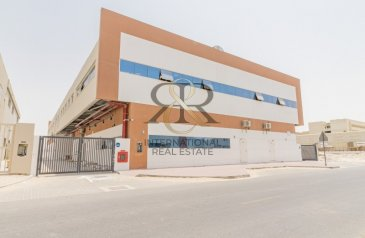 Existing, 31,810 Sq Ft Warehouse For Sale in Jebel Ali Industrial 1, Dubai - Brand New | Stunning Warehouse 11.2 Meter Height