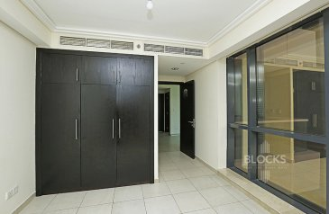 Four Bedroom, Three Bathroom, Apartment For Sale in Goldcrest Views 1, Jumeirah Lakes Towers - JLT, Dubai - High Floor   4BR + maid for sale   Gold Crest views