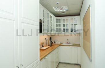 129 Sq Ft, Office To Rent in Al Muroor, Abu Dhabi - *Special Offer* 2 Desk Offices with Ample Parking!