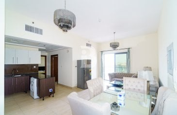 One Bedroom, Two Bathroom, Apartment To Rent in Azizi Residence, Al Furjan, Dubai - *Fully Furnished*Spectacular View*Near to Metro*