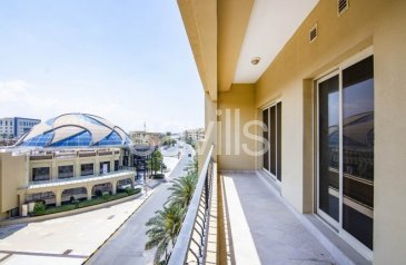 One Bedroom, Two Bathroom, Apartment To Rent in Golf Apartments, Al Hamra Village, Ras al Khaimah - No commission spacious 1 bedroom with huge balconies