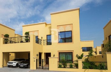 Four Bedroom, Five Bathroom, Villa For Sale in Nad Al Sheba 3, Dubai - Get your villa ready to move in Nad AlSheba with OFFER