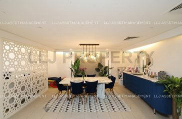 Three Bedroom, Four Bathroom, Townhouse For Sale in Al Zeina, Al Raha Beach, Abu Dhabi - Smart mods and elegant design in this gorgeous Townhouse.