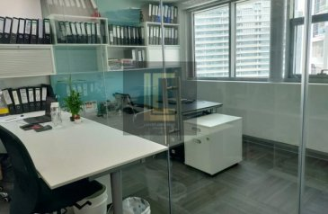 1,516 Sq Ft, Office For Sale in Aspect Tower, Business Bay, Dubai - Fitted Office  Fully Furnished Office   High Floor