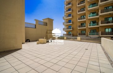 1,263 Sq Ft, Office To Rent in Nastaran, Culture Village, Al Jaddaf, Dubai - Brand New Office | Multiple Payment | 1 Month Free