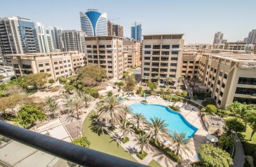 Three Bedroom, Three Bathroom, Apartment To Rent in Al Ghaf 1, The Greens, Dubai - Spacious | Pool View | Well Maintained 3BR