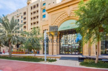 One Bedroom, Two Bathroom, Apartment To Rent in Golden Mile 10, The Palm Jumeirah, Dubai - Very Spacious| Near Mall | Type E