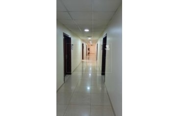 957 Sq Ft, Office To Rent in Al Safa 2, Dubai - Office fitted Prime Location Sheikh Zayed Road
