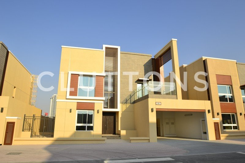 Cl R 3441 Four Bedroom Four Bathroom Villa To Rent In Villa Lantana Al Barsha 1 Dubai