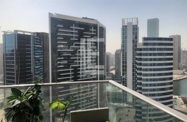 Two Bedroom, Three Bathroom, Apartment For Sale in South Ridge Tower 1, Downtown Dubai, Dubai - Vacant on Transfer | Two Bedroom | High Floor