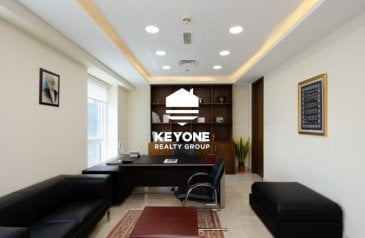 1,377 Sq Ft, Office To Rent in Latifa Tower, Trade Center, Dubai - Spacious | Grade A Building | Well Spaced Office